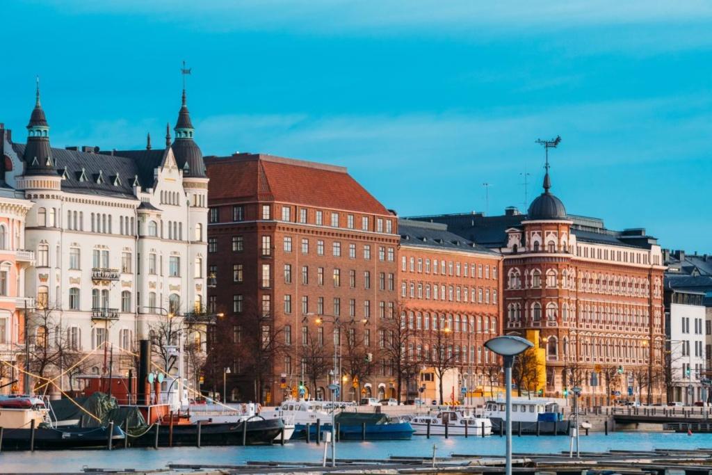 Helsinki, Finlande. Vue De Pohjoisranta Street