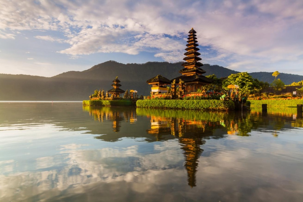 Temple Pura Ulun Danu Bratan dans l'île de Bali.