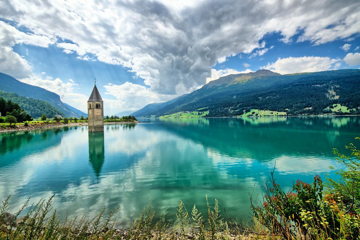 Clocher du Reschensee (Resia) Tyrol du Sud Italie
