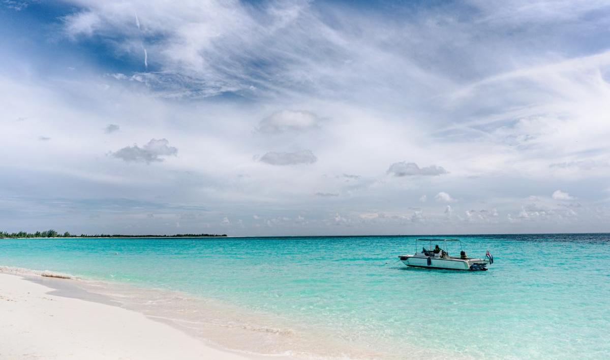La mer des Caraïbes et la vue sur la plage de Cayo Santa Maria