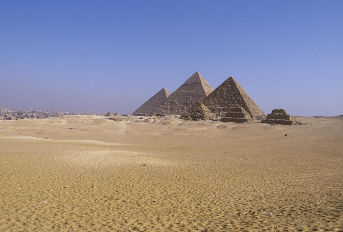 Pyramides de Zoser et de Gizeh